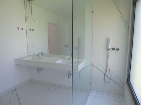 Image 9, 5 Bedroomed Villa : AVM183