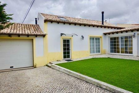 Image 2, 3 Bedroomed Villa : AV2001