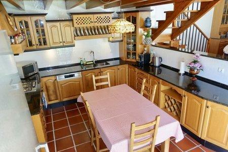 Image 3, 3 Bedroomed Villa : AV2001