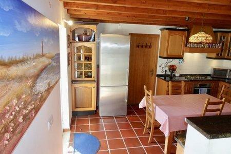 Image 4, 3 Bedroomed Villa : AV2001