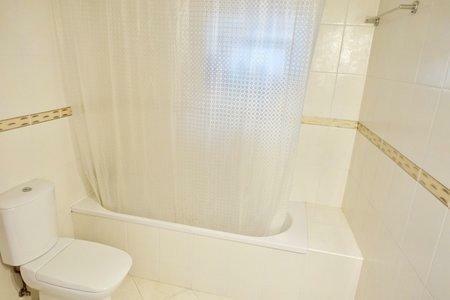 Image 13, 3 Bedroomed Villa : AV2001