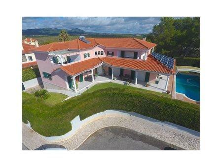 Image 1, 4 Bedroomed Villa : AVM184
