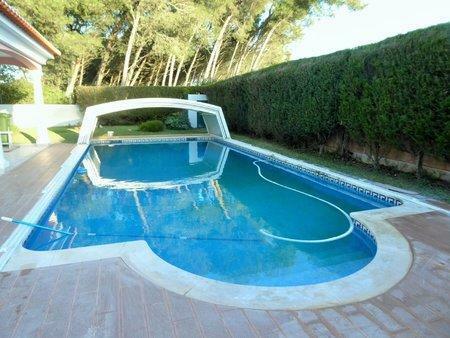 Image 3, 4 Bedroomed Villa : AVM184