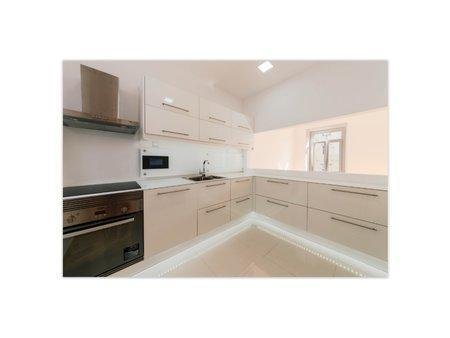Image 9, 3 Bedroomed Apartment : AAM198