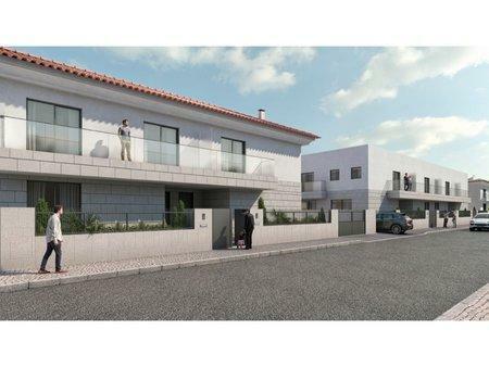 Image 2, 4 Bedroomed Villa : AVM205