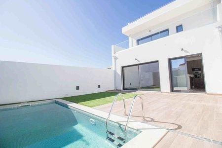 Image 5, 3 Bedroomed Townhouse : PV3520