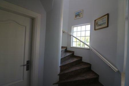 Image 13, 4 Bedroomed Villa : JV10383