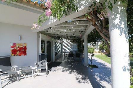 Image 28, 4 Bedroomed Villa : JV10383