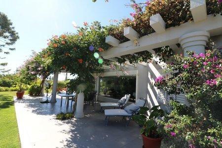 Image 29, 4 Bedroomed Villa : JV10383