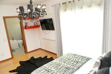 Image 18, 3 Bedroomed Villa : AVI339