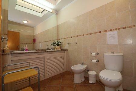 Image 12, 6 Bedroomed Villa : JV10386