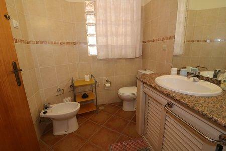 Image 25, 6 Bedroomed Villa : JV10386
