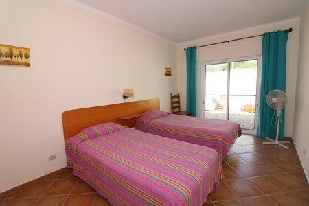 Image 26, 6 Bedroomed Villa : JV10386