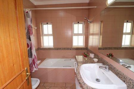 Image 28, 3 Bedroomed Villa : JV10387