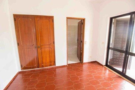 Image 11, 5 Bedroomed Villa : PV3528