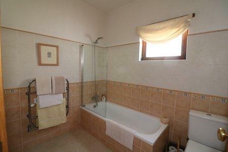 Image 20, 3 Bedroomed Villa : JV10377