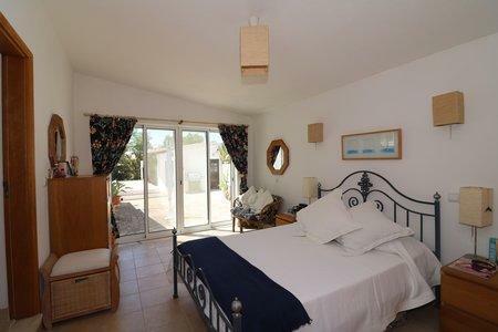 Image 23, 3 Bedroomed Villa : JV10377