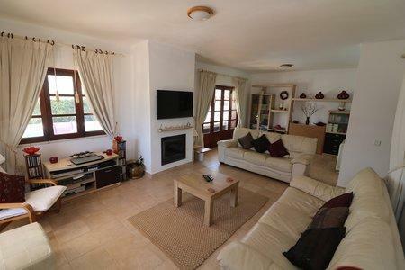 Image 33, 3 Bedroomed Villa : JV10377