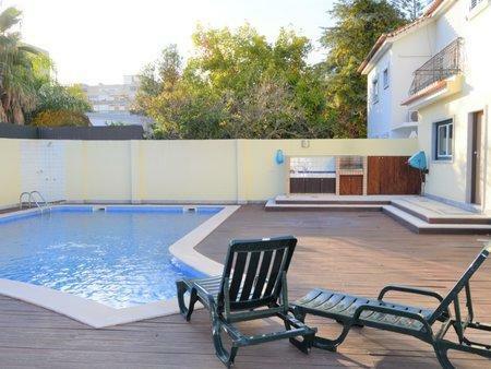 Image 2, 5 Bedroomed Villa : AVM210