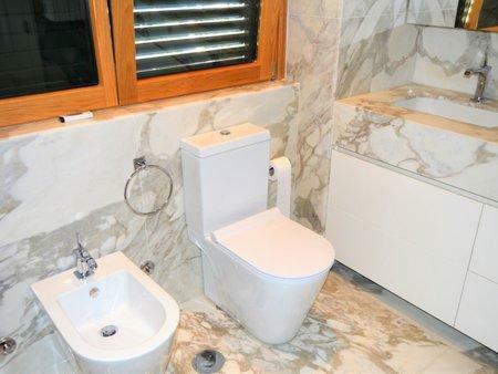 Image 16, 5 Bedroomed Villa : AVM210