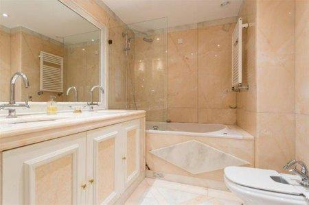 Image 10, 3 Bedroomed Apartment : AA341