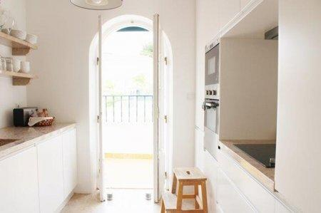Image 3, 3 Bedroomed Apartment : AA347