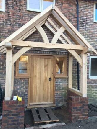 Oak Porch Detail.jpg