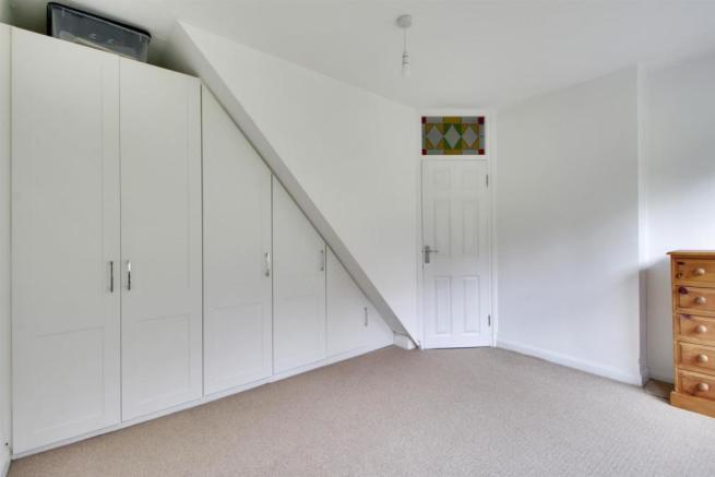 Second Bedroom Fitted Wardrobes.jpg