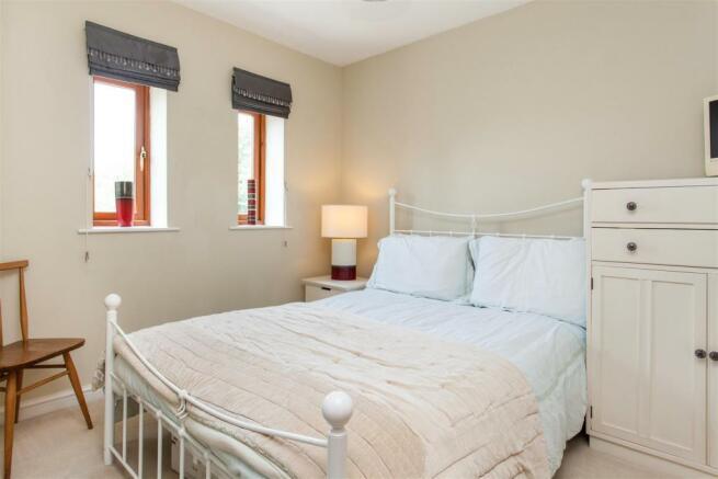 Bedroom A.jpg
