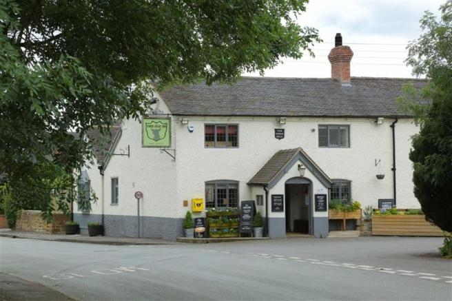 Hinds Head Public House
