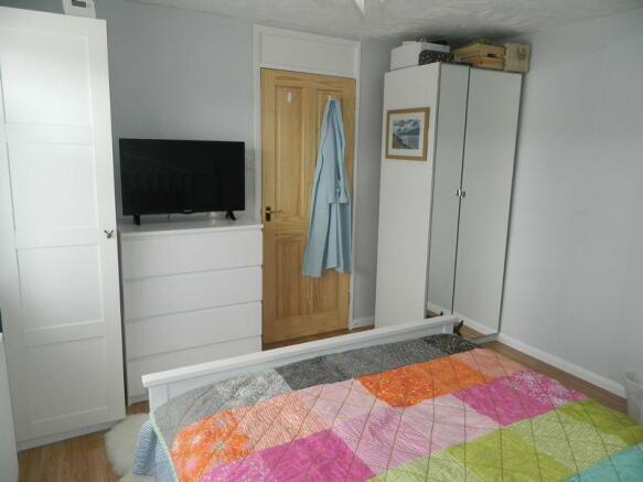 Bedroom Photo 2