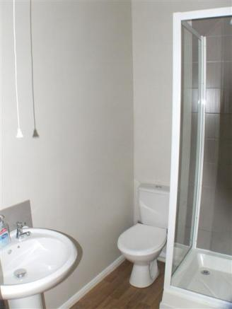 Shower Room :