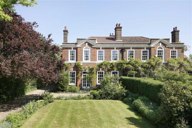 4 bedroom semi-detached house for sale. Dulwich Common ...