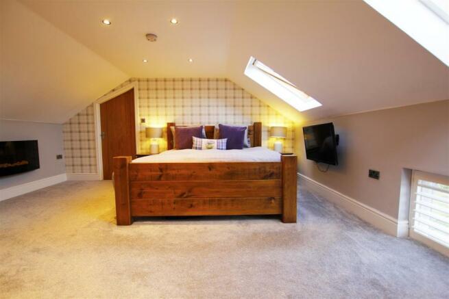Master Bedroom (new extension)
