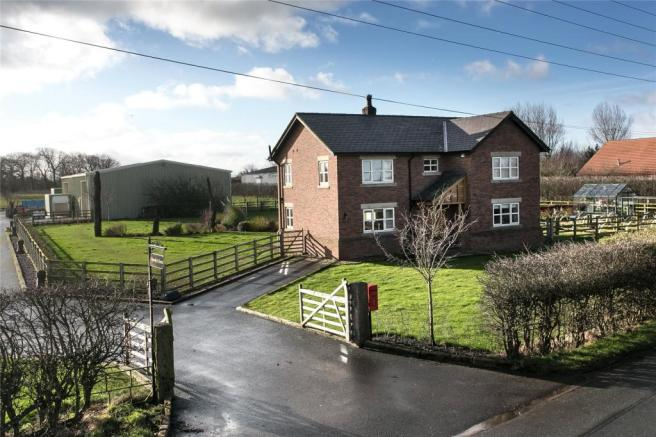 4 Bedroom Detached House For Sale In Hornbys Farm Gorse