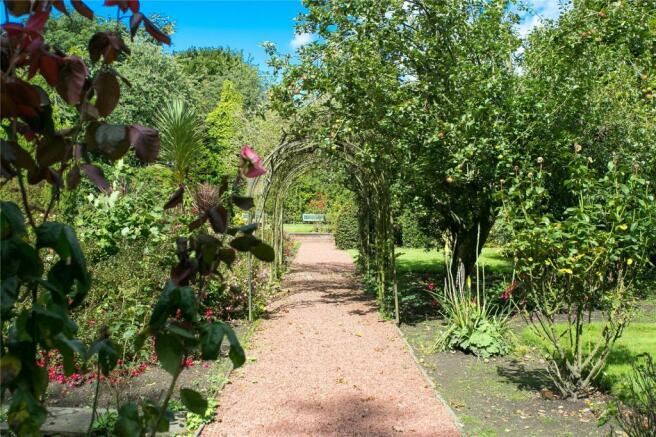 Gardens Image 3