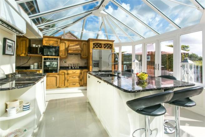 Conservatory/Kitchen