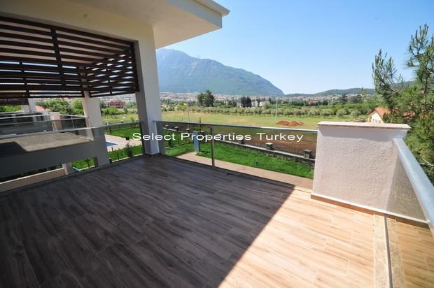 Bedroom 2 terrace