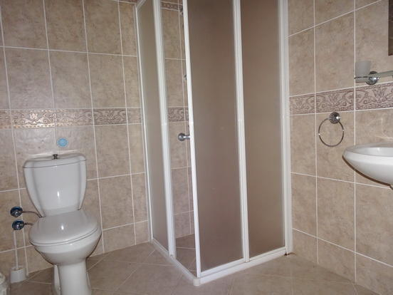 EnSuite to fifth BR
