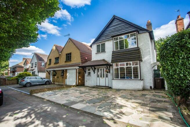 House-Colston-Avenue-Carshalton-1003.jpg