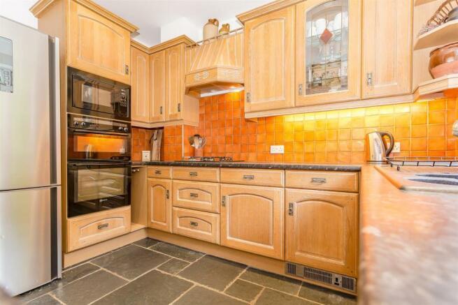 House-Colston-Avenue-Carshalton-1011.jpg