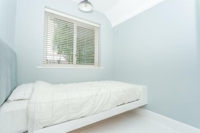 House-Colston-Avenue-Carshalton-1024.jpg