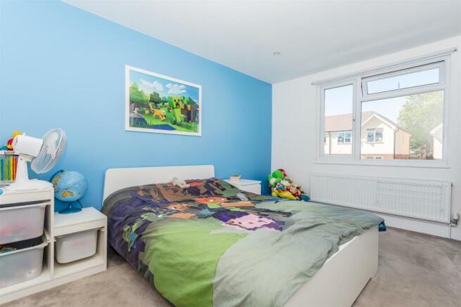 house-langley-avenue-worcester-park-1015.jpg