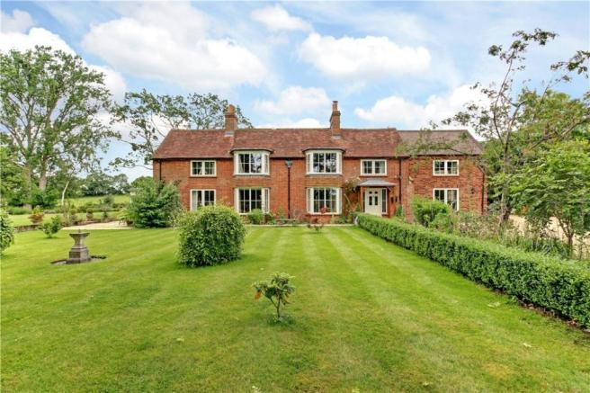6 Bed For Sale