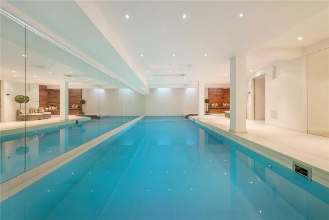 Spa/Pool Room