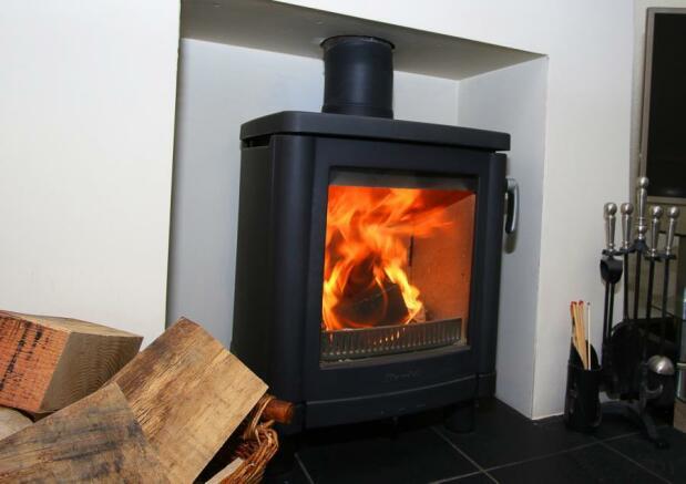 Feature Log Burner