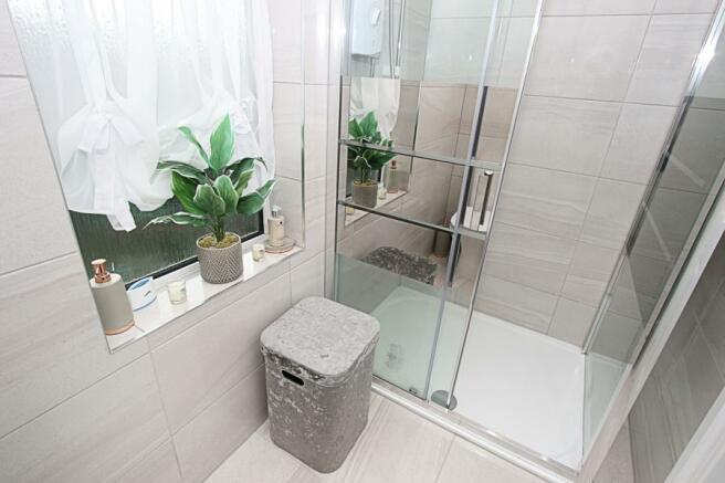 Shower Cubile