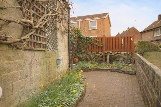3 Bedroom Semi Detached House For Sale In Norfolk Hill