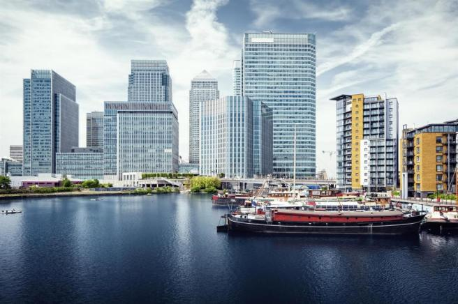 Canary Wharf view from West India Docks..jpg