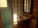 villa shower room